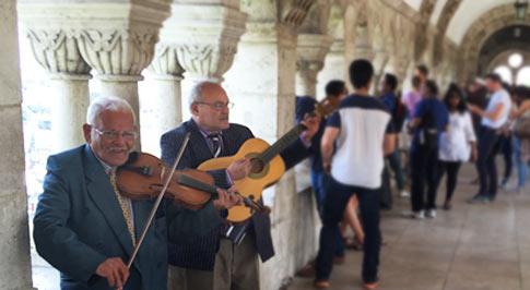 Musiciens au bastion des pêcheurs